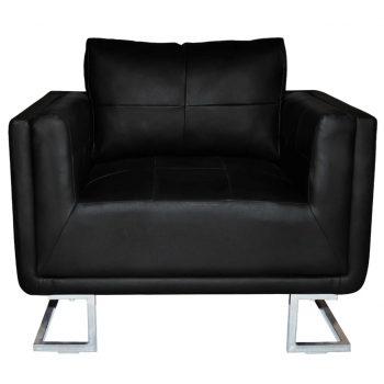 Kockast fotelj s kromiranimi nogami črno umetno usnje